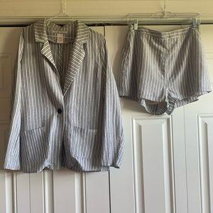 Lulu's Linen Suit